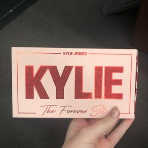 BNIB Kylie Cosmetics The Forever Set